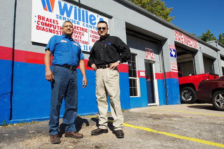 Willie's Service Center